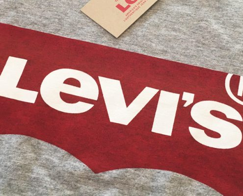 Levi's Shirt im Batwing Design