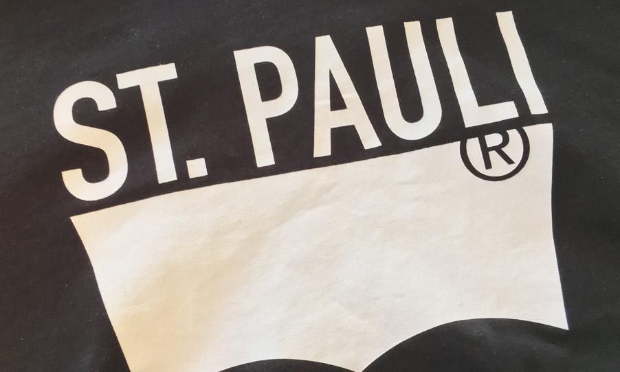 Levis St. Pauli T-Shirt in Schwarz