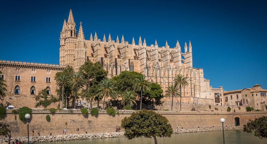 Kathedrale von Palm das meistfotografierte Highlight der Stadt